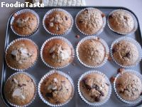 Chocolate chip oat Muffin