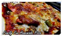 Family Fun Homemade Pizza (�ԫ��ҨѴ������㨩ѹ)