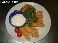 �Ԫ�ԧ���� (Fish Finger with Tartar Sauce)