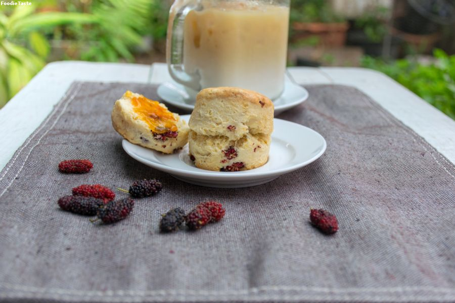 Mulberry scone.