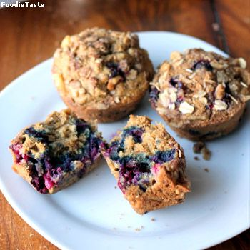 �������ѿ�Թ - Oatmeal Blueberry Muffins with Walnut Oat Streusel