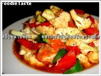 �Ѵ�͡�����Ӿ�ԡ��ҹ�Ѻ��� (Stir fried cauliflower, capsicum and prawn)