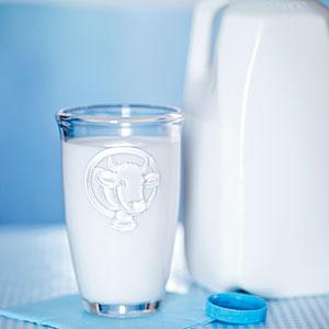 เลือกดื่มนมให้ได้ประโยชน์